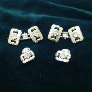 Deco cufflinks in white gold and diamonds