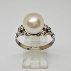 Anello in oro bianco con perla - Minotto