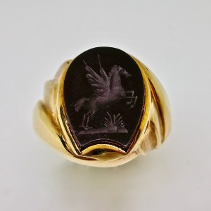 Carved onyx signet ring