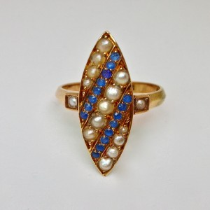 Marquise ring in rose gold pearls and sapphires