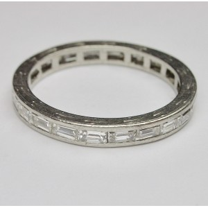 Eternity ring with baguette cut diamonds in platinum