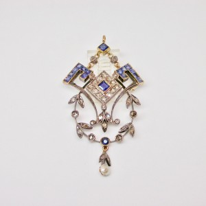 Deco pendant with sapphires and diamonds