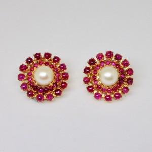 Cabochon rubies and pearl earrings