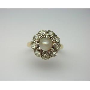 Anello con perla e brillanti