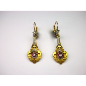 Pendant Art Nouveau earrings