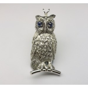 White gold owl pendant