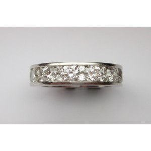 Eternity ring with round cut diamonds in platinum