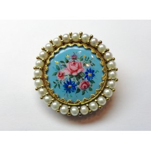 Pendant brooch with floral enamels and pearls