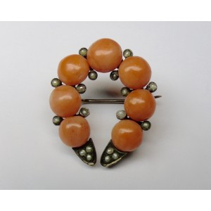 Horseshoe shape Sciacca coral brooch