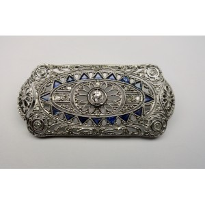Classic Deco brooch with diamonds and sapphires